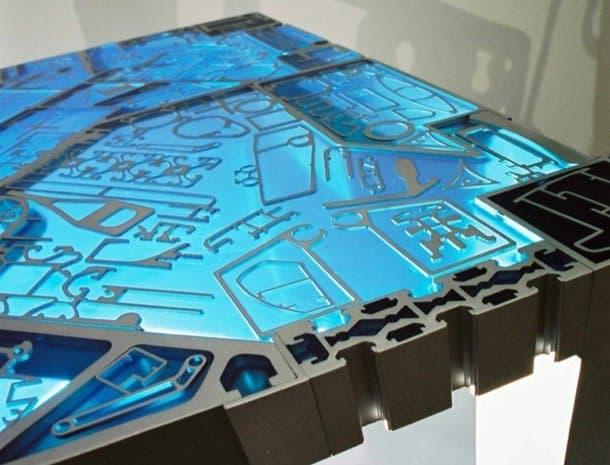 TALY-mesita-aluminio-resina-detalle