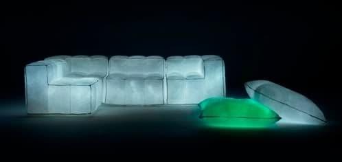 Muebles inflables con luz LED en su interior  Via Lattea de Mario Bellini