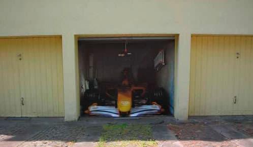 formula 1 en el garaje, fotoplano
