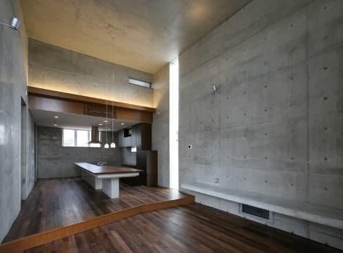 Casa mukaiyama una vivienda minimalista de hormig n visto - Hormigon pulido interiores ...