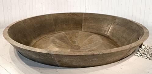 Conca ba era de gran tama o labrada en piedra natural - Baneras de piedra ...