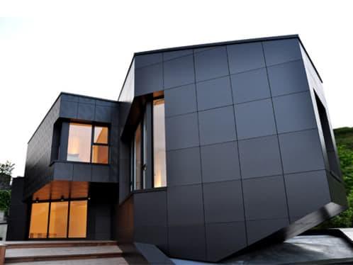 fachada realizada con paneles composite de aluminio
