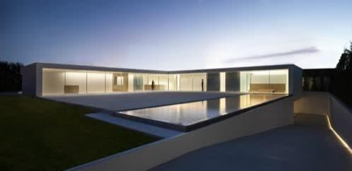 casa-atrio-lujo-vidrio