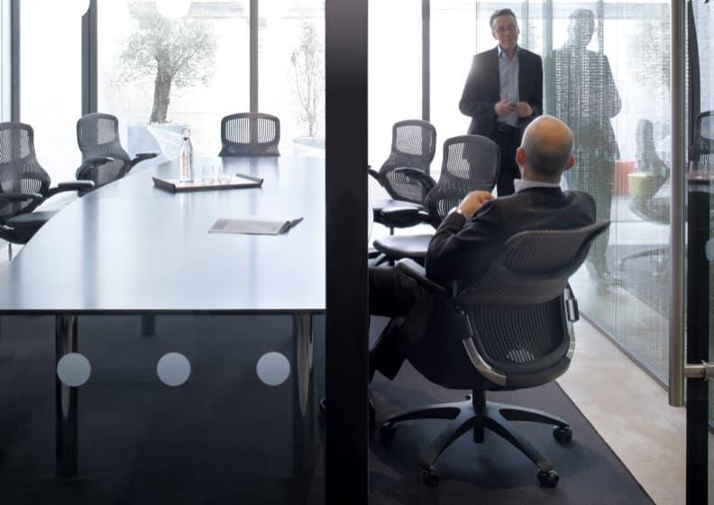 Generation silla de oficina confortable y sostenible for Muebles de oficina knol
