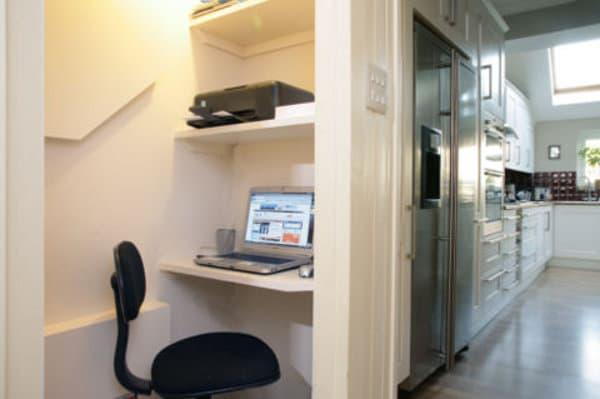 Cuarto De Baño Bajo Escalera:Aprovechando espacio bajo ESCALERA con cajones y escritorio