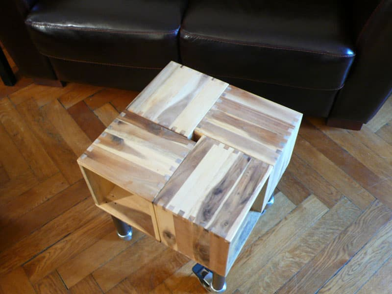 Mesa auxiliar con ruedas a partir de maceteros bjur n de ikea - Maceteros madera ikea ...