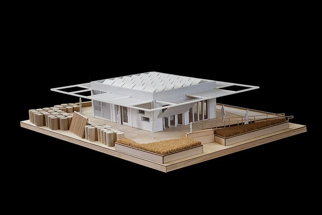 florida-intl-performdance-house1-SolarDecathlon2011