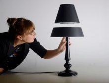 Silhouette iluminación con lampara-de-mesa-que-levita