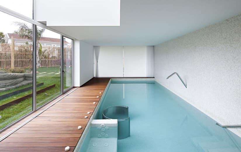 Foto piscina interior con spa 83271 habitissimo - Casa rural piscina interior ...