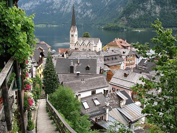 vista-desde-barrio-alto-de-Hallstatt-Austria