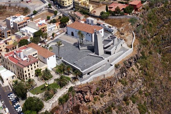 Plaza-España-de-Adeje-vista-aerea