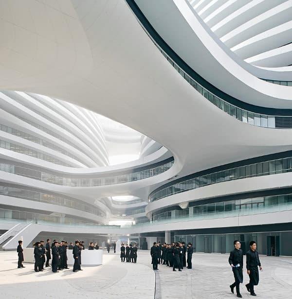 patio-interior-Galaxy-Soho-Zaha-Hadid-Pekin