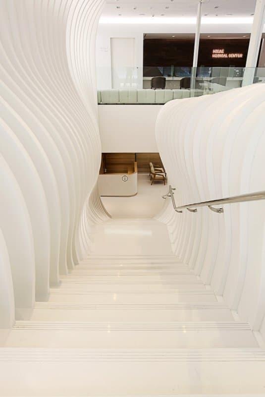 escalera Centro Médico Mirae