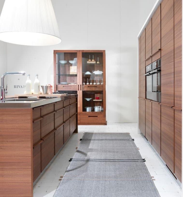 Only one modernos muebles de cocina en madera for Muebles de cocina de madera modernos