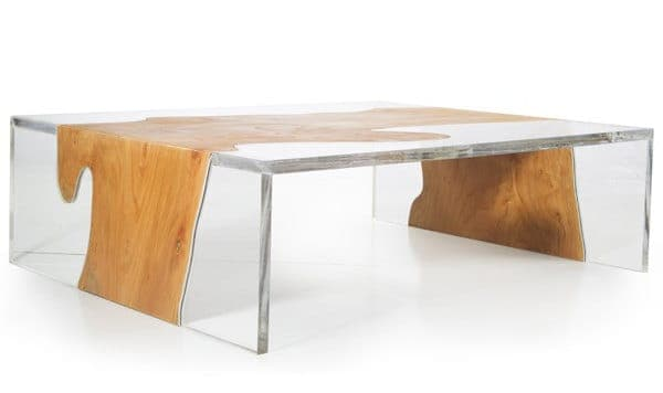 Esta mesa de café es un diseño de Erika Cross