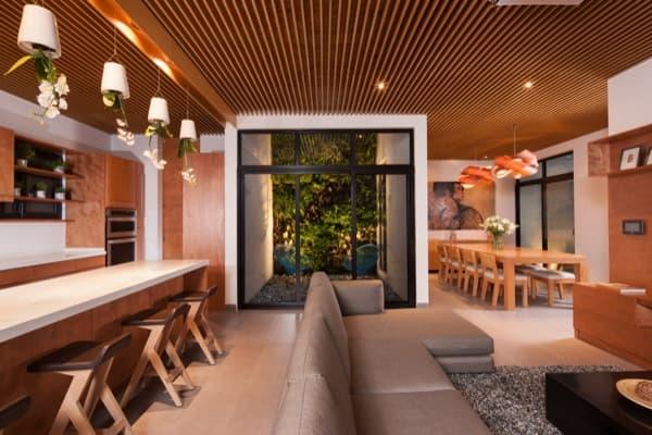 Ming-House-casa-adosada-sala-patio
