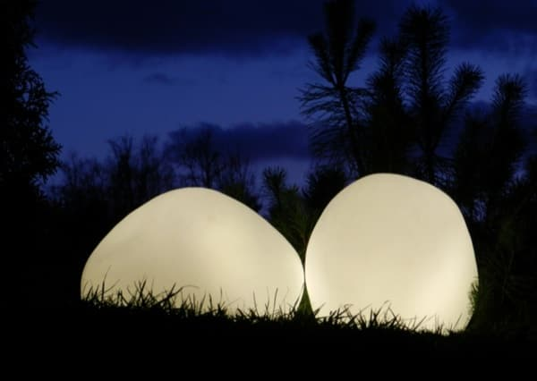 OLIS-lamparas-LED-forma-de-piedra