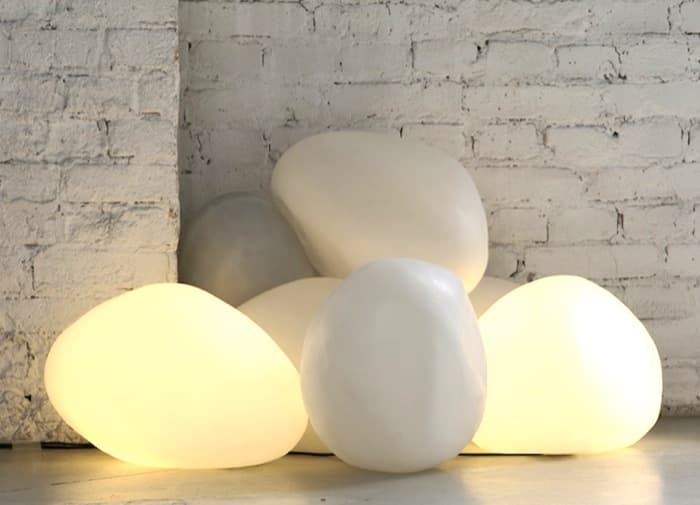 OLIS: piedras de luz, para interiores y exteriores