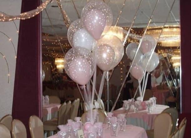 globo decorado con otro globo dentro
