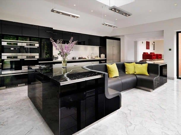 Isla de cocina que tiene sof de cuero incluido - Sofas de cocina ...