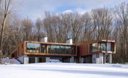 exterior-Bridge-House
