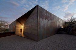 exterior-Desert-Courtyard-House-entrada