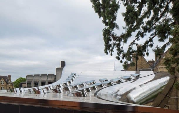 edificio investcorp Zaha-Hadid-cubierta