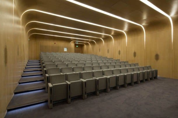 Edificio-Investcorp-Zaha-Hadid-sala-conferencias