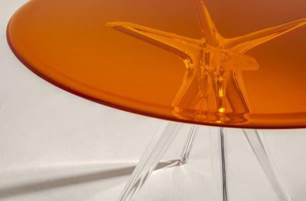 Mesa-Sir-Gio-tablero-vidrio-naranja