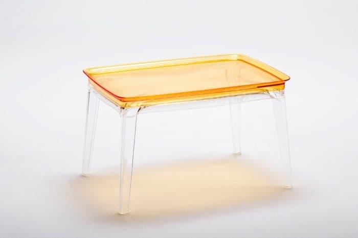 mesa-de-plastico-Philippe-Starck-Aunts&Uncles