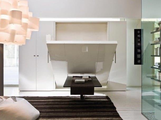 Cama abatible con mesa que se queda oculta de clei for Cama oculta mueble