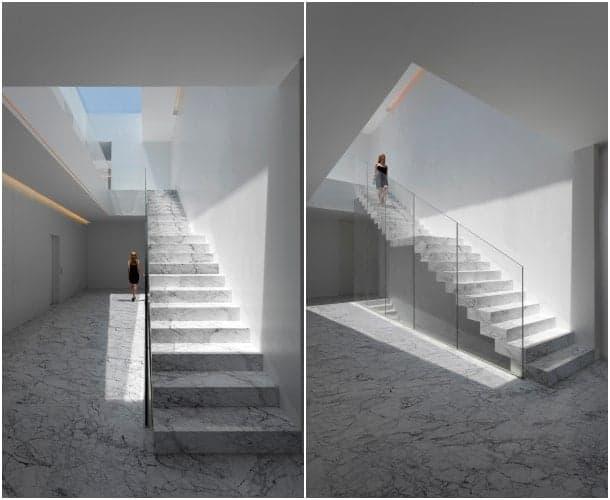 atrio escalera Aluminum House
