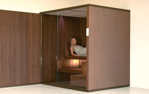 Cabina de sauna seca hecha a mano y con puerta de vidrio for Cabina sauna
