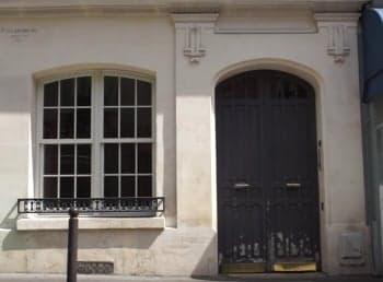 fachada portería Paris