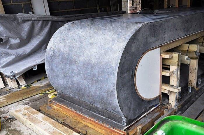 ejecucion mueble isla The Curve