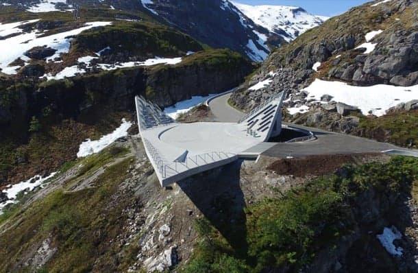 Utsikten: mirador de hormigón en Noruega