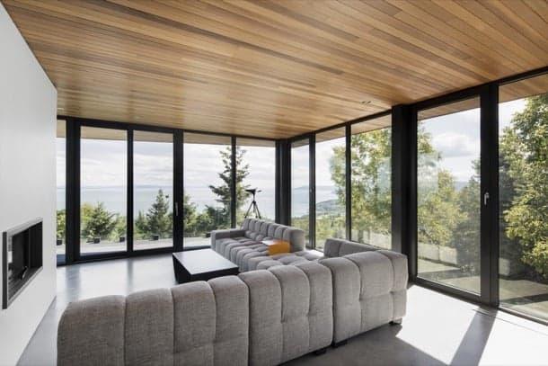 altair-house sala con techo de madera