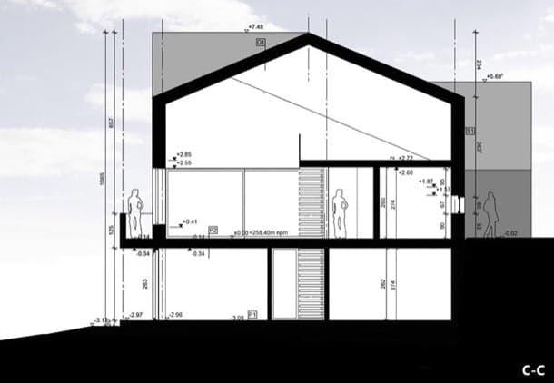 casa en pendiente sección