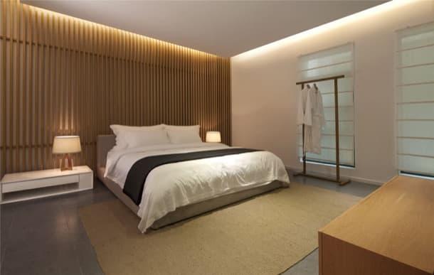 Cabecero de cama con listones de madera para una - Cabecero listones madera ...