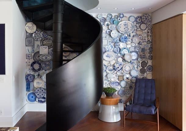 decorar una pared con platos Ambidestro