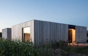 Vivienda Caswes: en hormigón y madera
