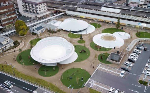 CoFuFun: plaza en Japón con estructuras circulares